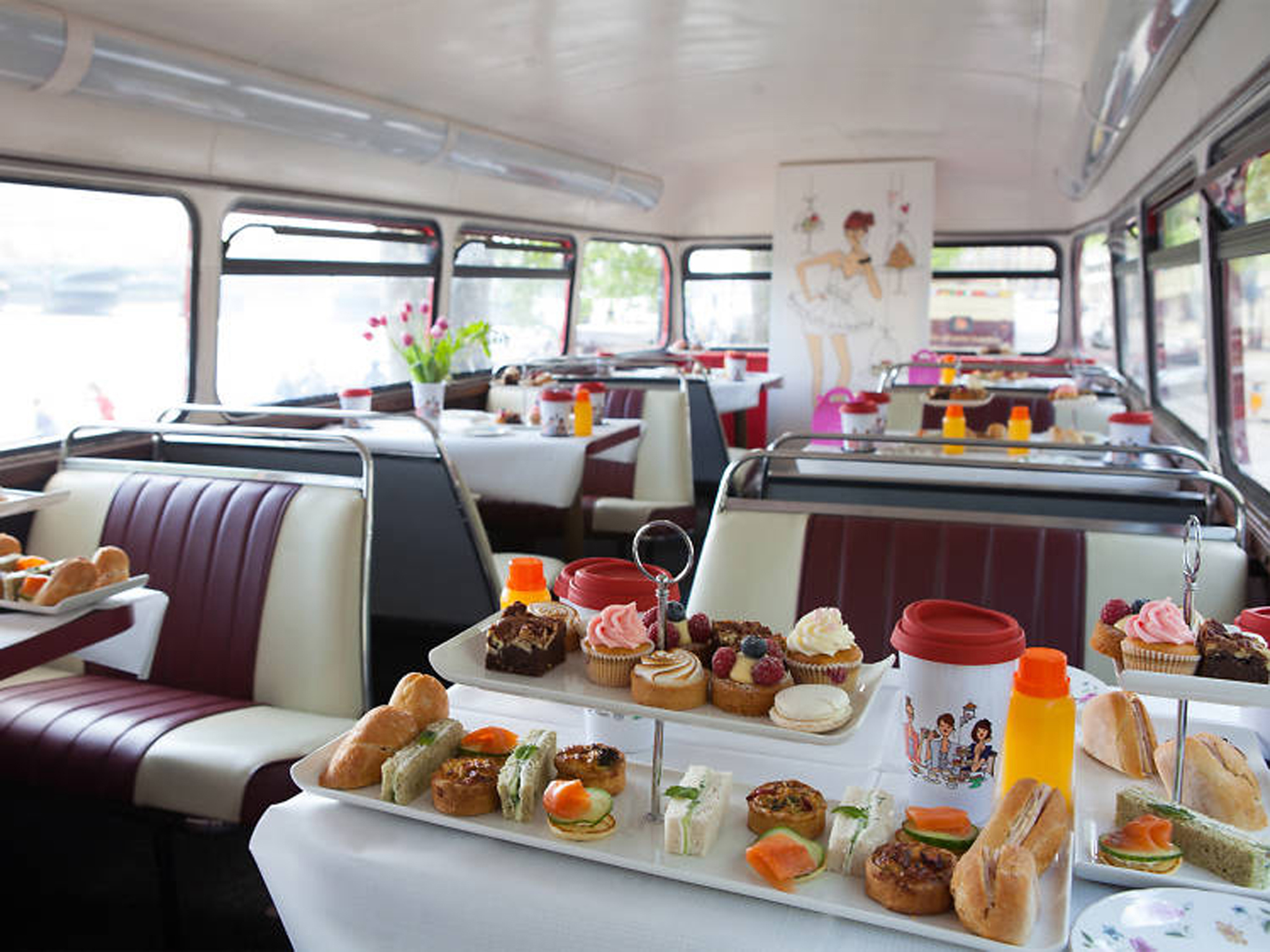 Afternoon tea in London, bb bakery, vintage bus tea