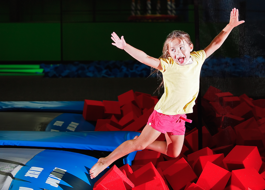 Bounce on giant trampolines