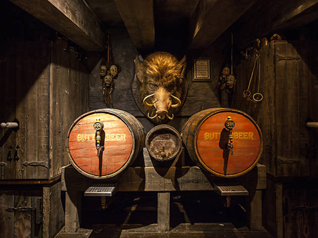 Inside the new Wizarding World of Harry Potter's Three Broomsticks, Butterbeer and all