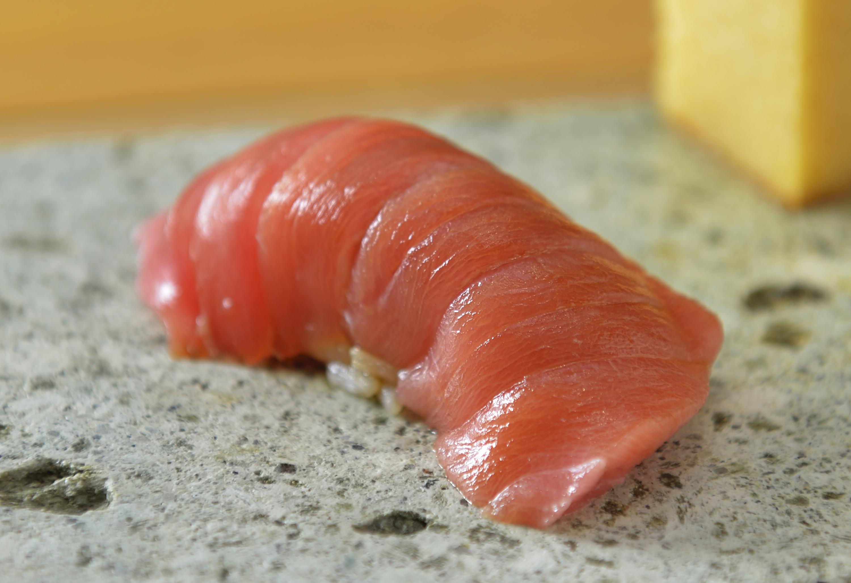 回転寿司は卒業する。
