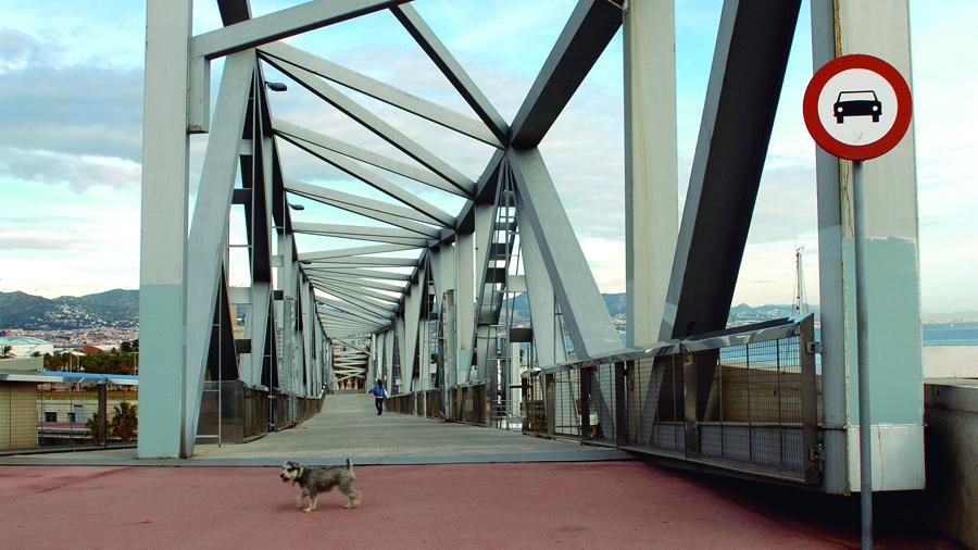 Pont Forum Platja Sant Adrià
