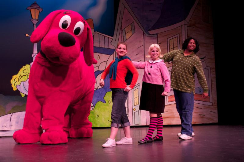 Clifford The Big Red Dog Live Theater In New York Kids