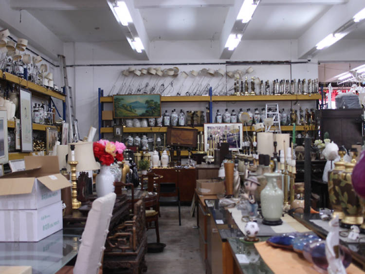 Sort out home decor at Hock Siong