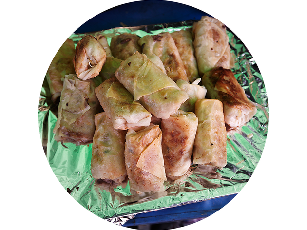 Lumpia(Filipino egg rolls)