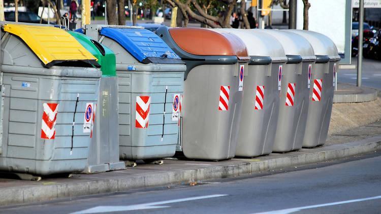 Contenidors d'escombraries de Barcelona