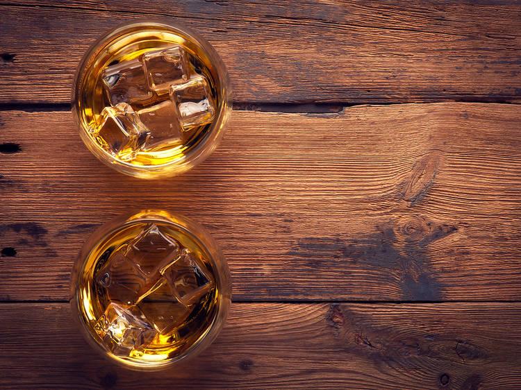 Guia ràpida per ser un expert en whisky (o semblar-ho!)