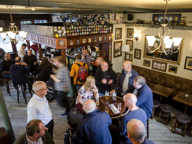 100 best bars and pubs in london, the lyric