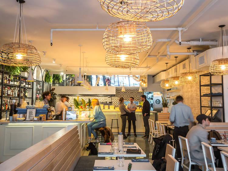 Two Hands Restaurant & Bar