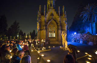 Nighttime tour of the Montjuïc cemetery