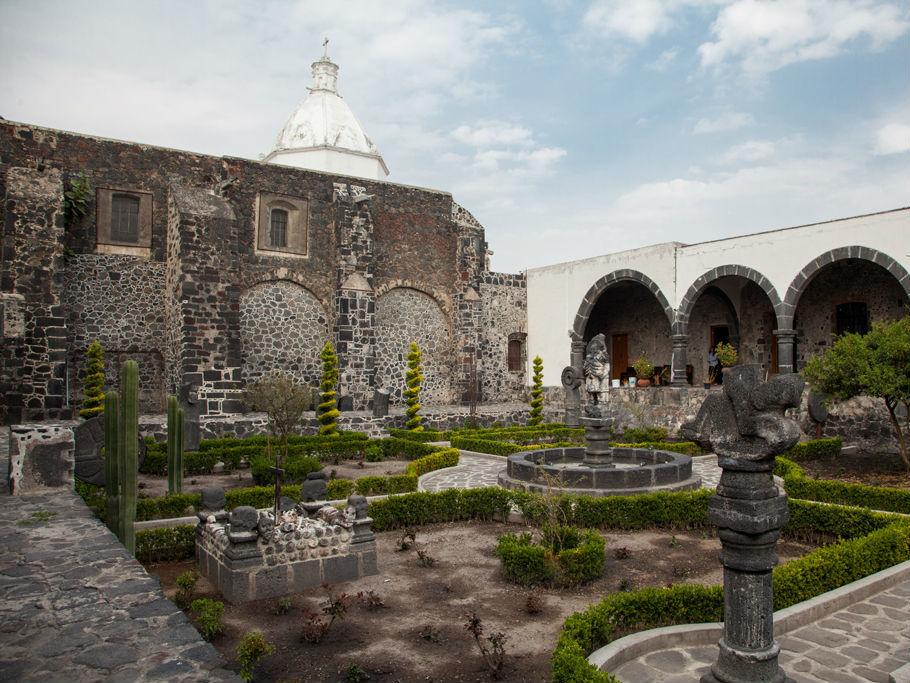 Templo y Ex Convento de San Andrés Apóstol