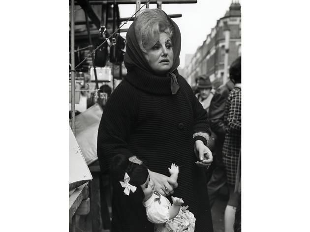 Best London photos: Dorothy Bohm: 'Market Stall, Islington', 1960s. © Dorothy Bohm