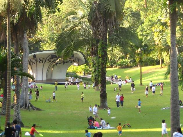 Plan a family picnic at these parks
