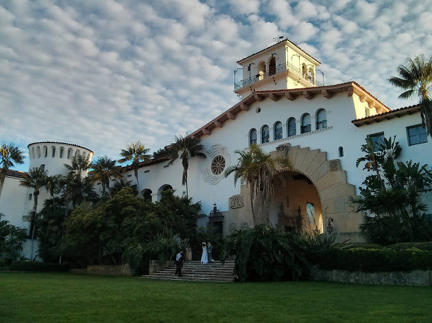Say I Do At The Stunning Santa Barbara Courthouse