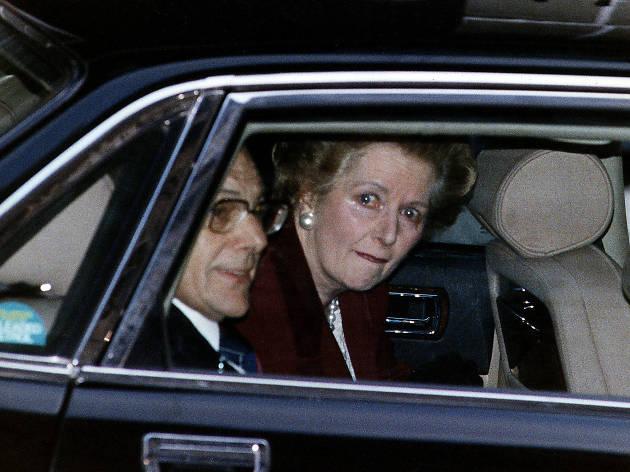 Best London photos: Ken Lennox: Maggie leaving Downing Street, 1980s/ © Ken Lennox/Mirrorpix