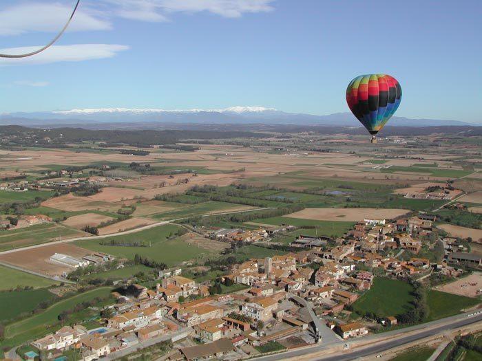 Sobrevolar la ciutat en globus