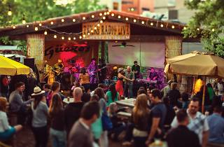 Live music at Geuro's Taco Bar in Austin, Texas