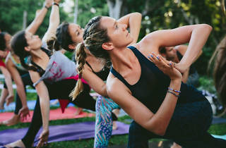 Saturday Morning Yoga at Barangaroo