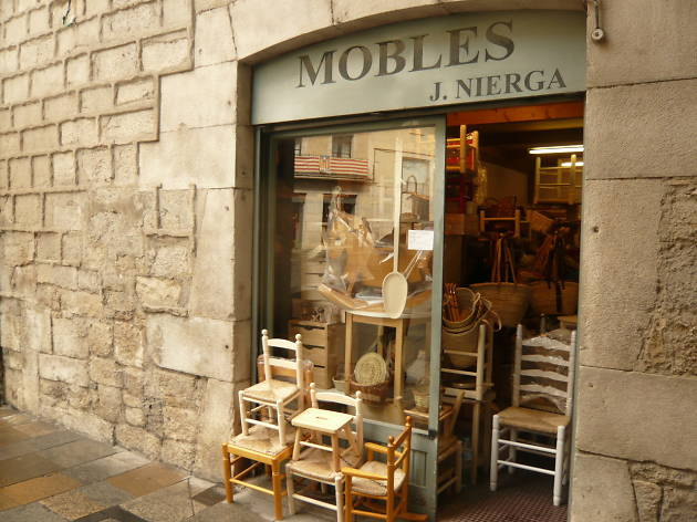 Mobles J.Nierga, Girona