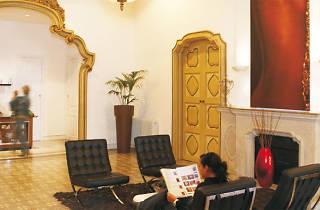 Perfumeria i Estètica Mont-ros, La Bisbal