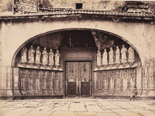 La Porta dels Apòstols
