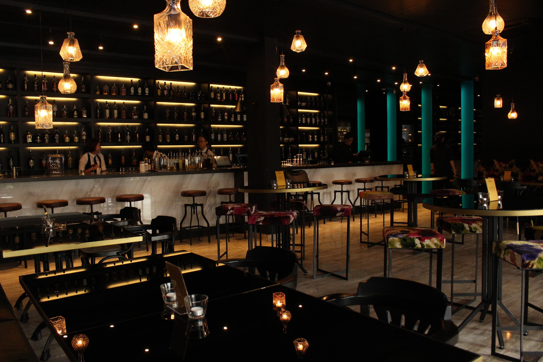 Gastro Bar, By Burgeon