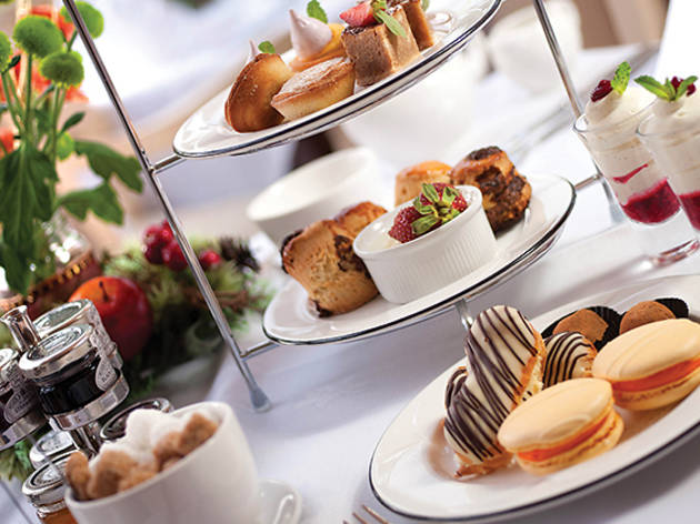 Swez Brasserie weekend high tea