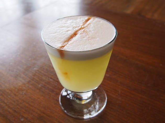 Pisco Sour at the Barrelhouse Flat