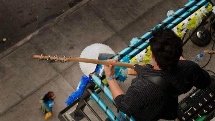 Conciertos y poesía desde un balcón en la Roma, en el Festival de música balcónica