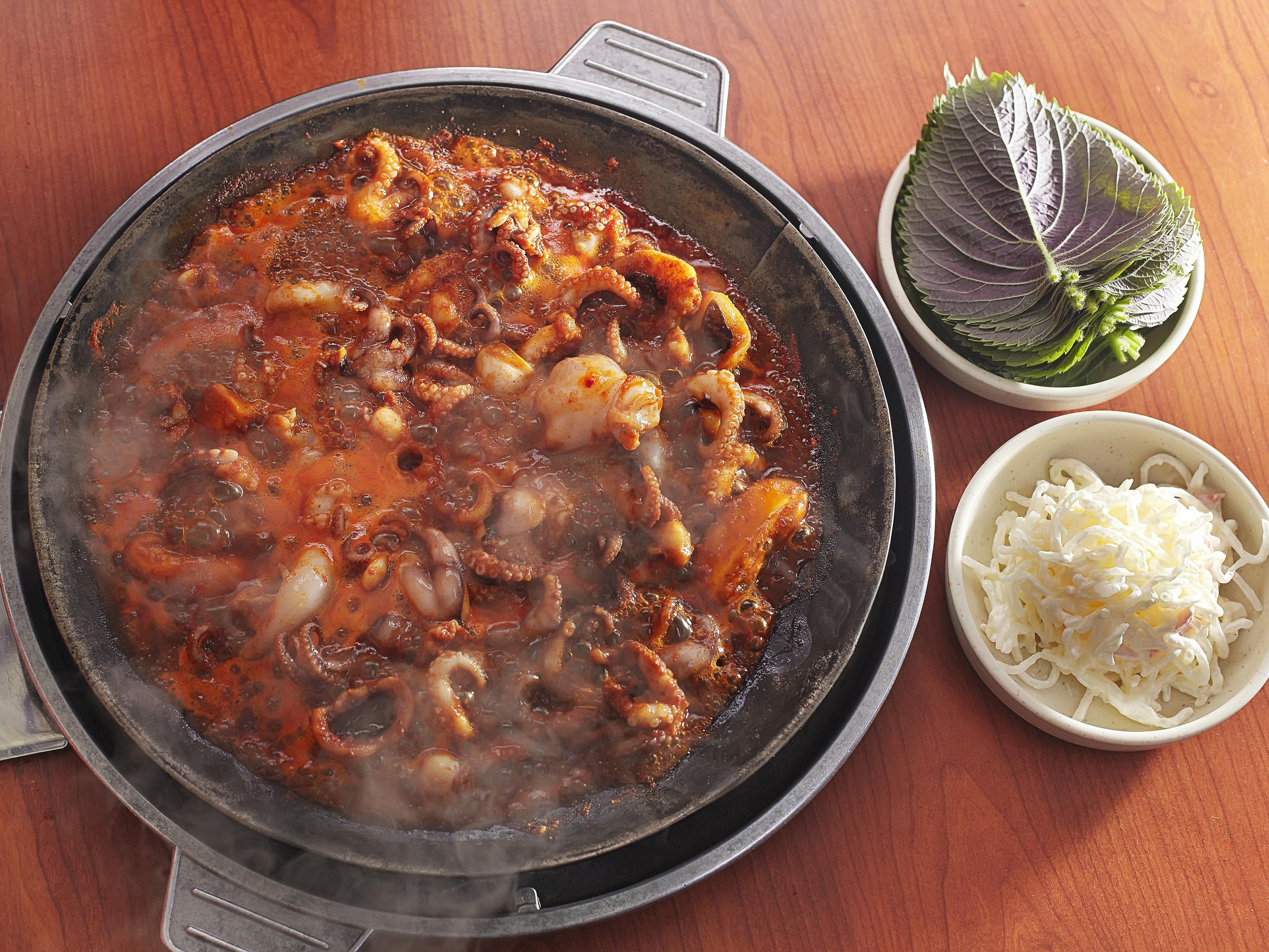 Stir-fried jjukkumi | Ho-nam Sik-dang Na Jeong-sun Hal-Mae Jjukkumi