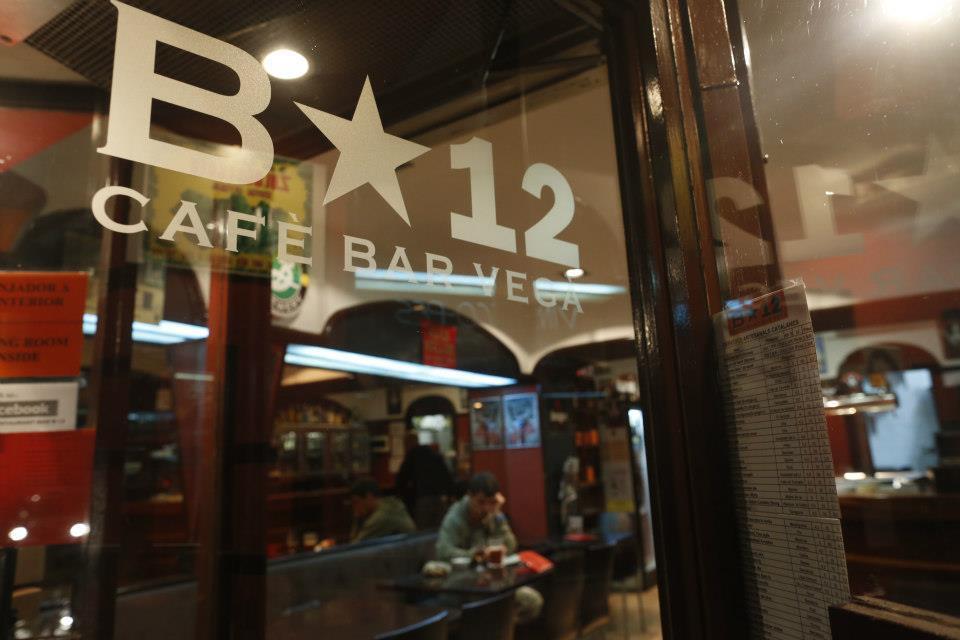 Bar Restaurant B-12