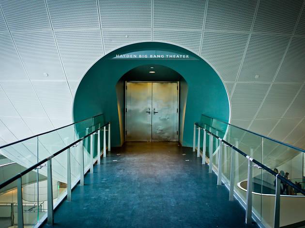 Dark Universe Planetarium Space Show