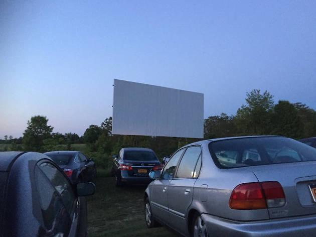 Warwick drive-in theater
