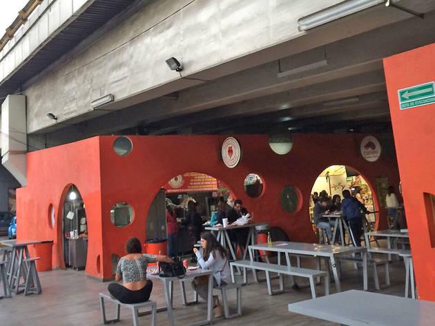 Restaurantes y bares bajopuentes en la CDMX