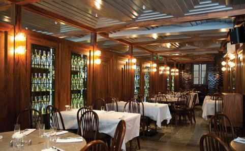 M nferit restaurants in galatasaray stanbul for Hotel dekor istanbul