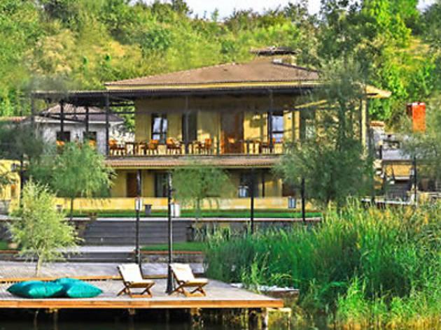 Wineport Lodge