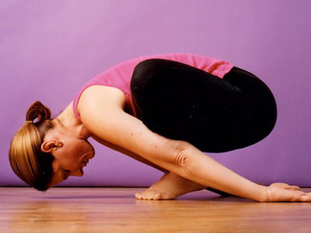 Cyndi Lee ile Restoratif Yoga Eğitmenlik Eğitimi