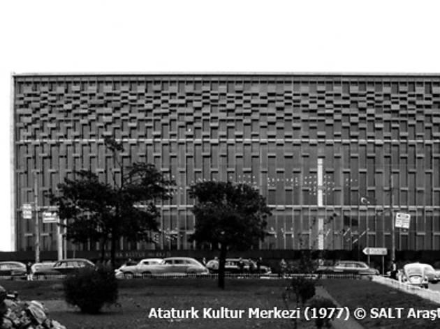 Modernin İcrası: Atatürk Kültür Merkezi, 1946-1977