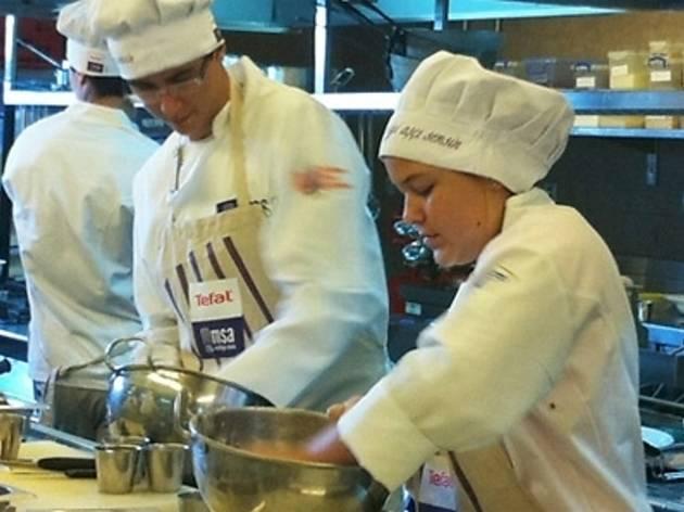Gençler için Profesyonel Mutfağa Hazırlık