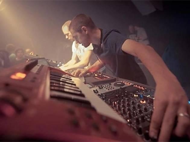 Minilogue, Jurek Przezdziecki (live), Avalanche