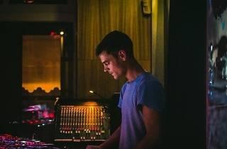 Papazerik Soundsystem sunar: Kamiel Rongen - 'Waterballet'