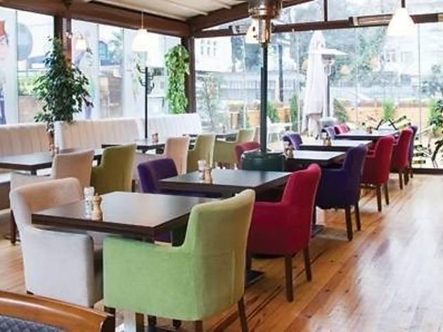 Ara Sokak Cafe