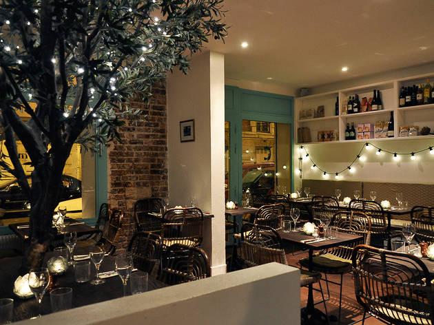 la cicciolina restaurants saint ambroise paris. Black Bedroom Furniture Sets. Home Design Ideas