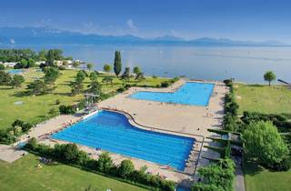Lausanne swimming pool
