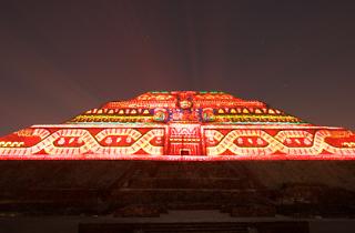 Experiencia nocturna en Teotihuacan es un espectáculo multimedia que cuenta la historia de Teotihuacán
