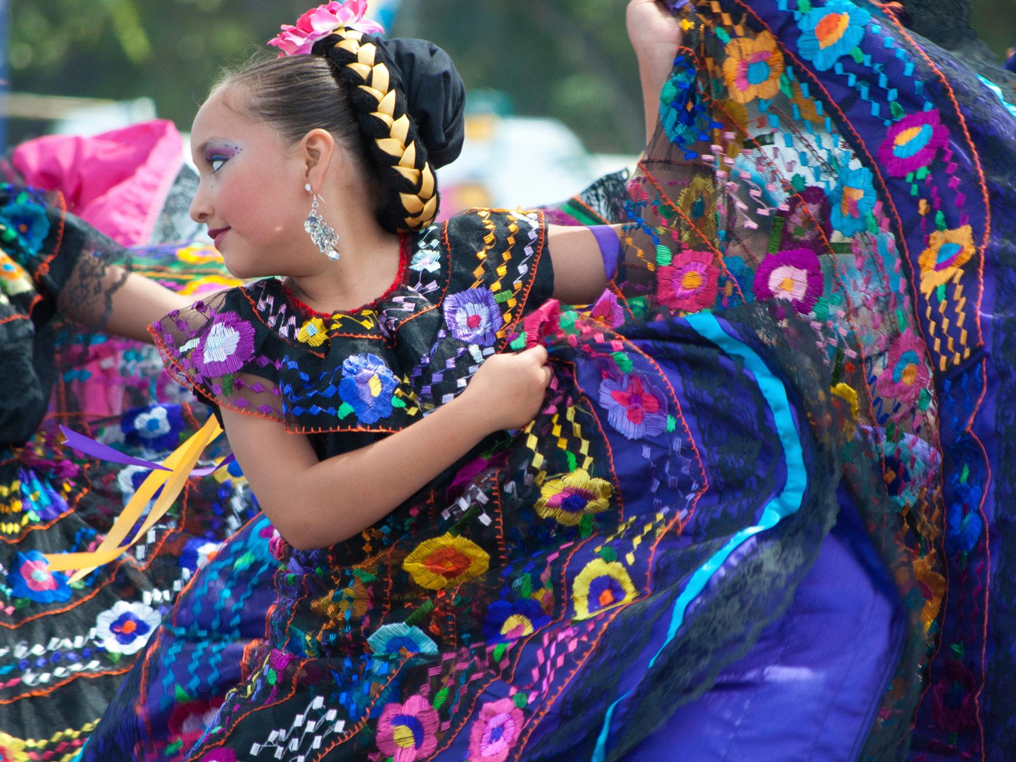 Danza folclórica para niños: Cristina Ramírez