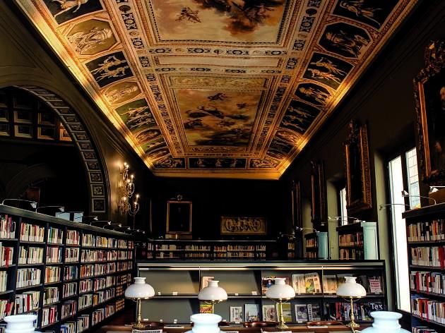 Biblioteca de l'Ateneu Barcelonès