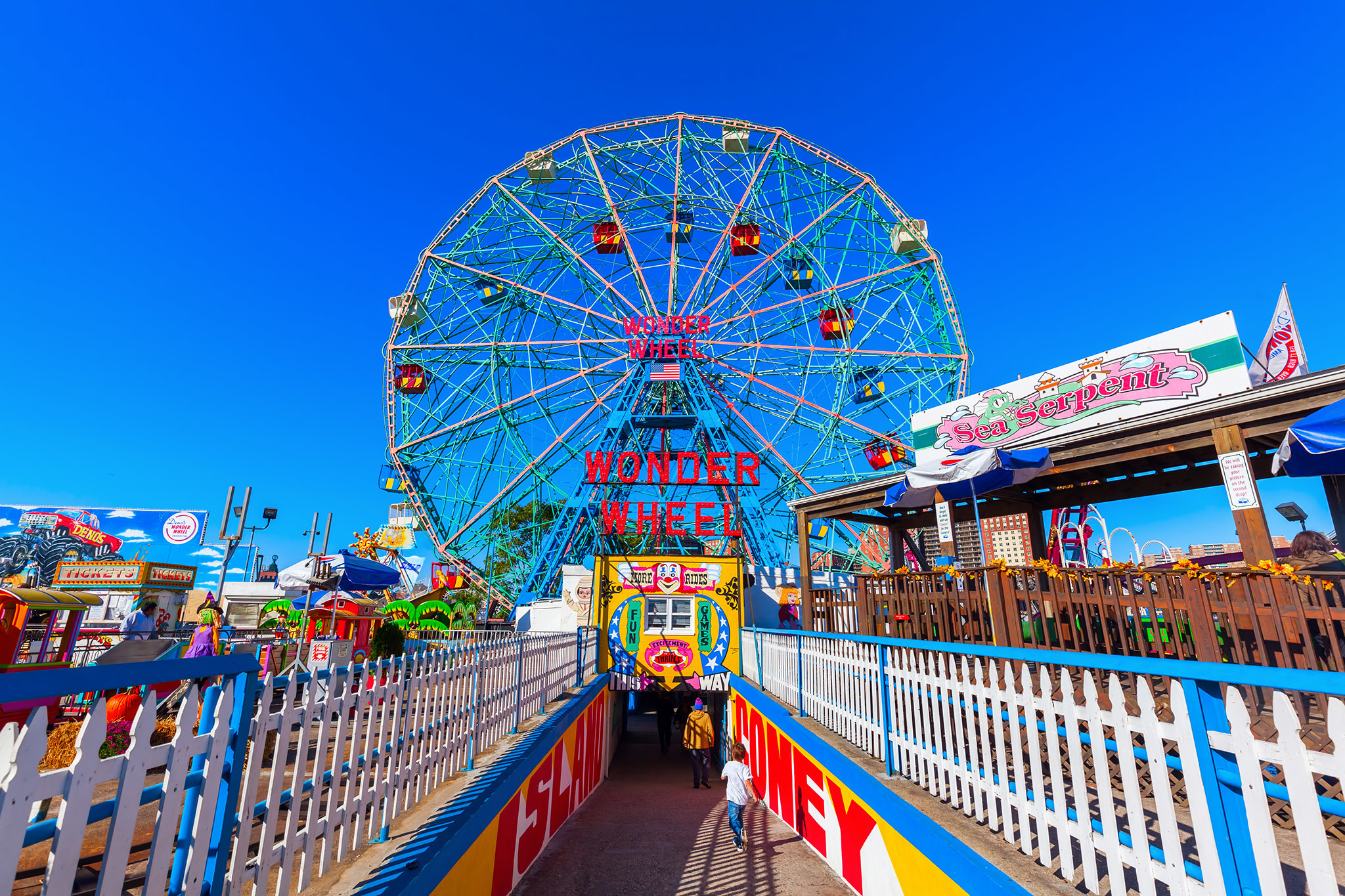 The best amusement parks near NYC