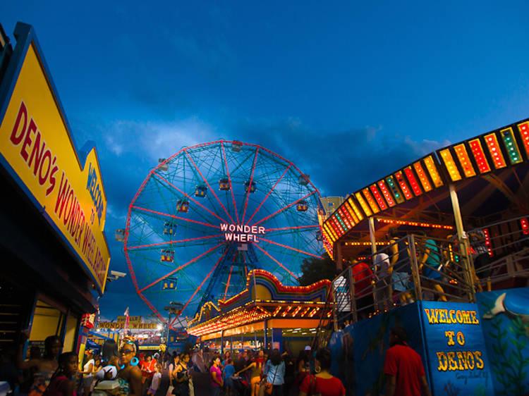 Deno's Wonder Wheel Amusement Park; Brooklyn