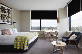 A hotel room at The Larwill Studio