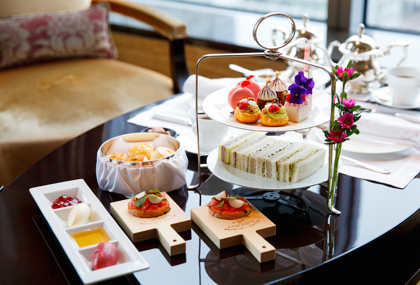 シャングリ・ラ ホテル 東京:ザ・ロビーラウンジ